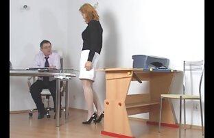 پول یک راهبه را عکس سکس کون تپل در الاغ می کشد.