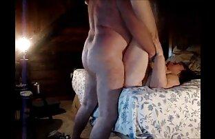 یک مرد عکس سوپر کوس وکون اقدام به ماساژ دادن می کند.