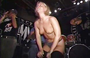 آنجلا وایت عکس سکسی کیرتو کون با شوهرش تقلب می کند.